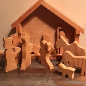 Antique wooden Nativity Scene hand carved